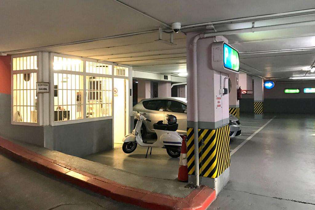 parking ortolani parking lessep barcelona