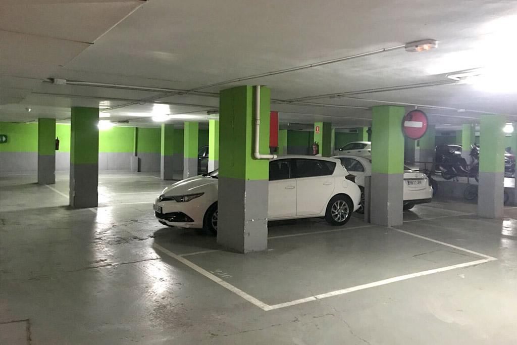 parking ortolani parking lessep barrio gracia
